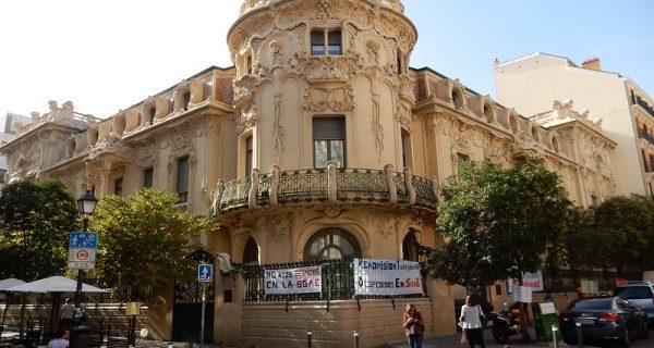 Virus Cases in Spain Breach 1-Million Mark