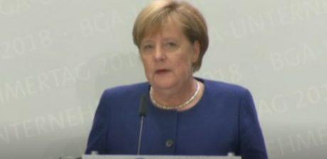 German Leader Merkel Decides to Step Down in 2021 over Election Setbacks
