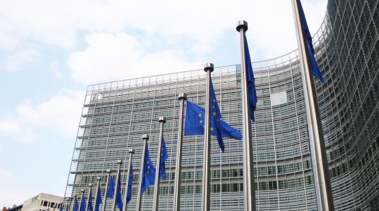 EC Paradoxically Slams Romania, Praises Bulgaria in Possibly Last Post-Accession Progress Report