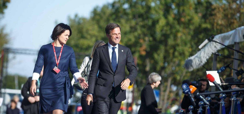 EU Won't 'Nod Along' to Macron, Merkel's Reforms, Dutch Leader Rutte Warns
