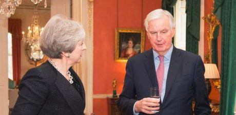UK Can't 'Pick the Raisins Out' of EU Single Market, Barnier Says Striking May's Brexit Plan