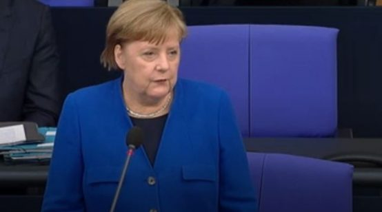 'Pained' Merkel Says There Is 'Solid Evidence' of Russian Hacking against Her, Bundestag