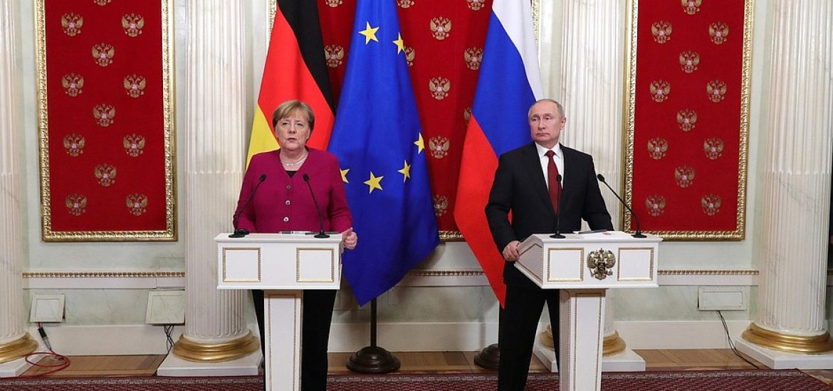 Nord Stream 2 to Start Pumping Gas by 2021, Putin, Merkel Confirm in Moscow