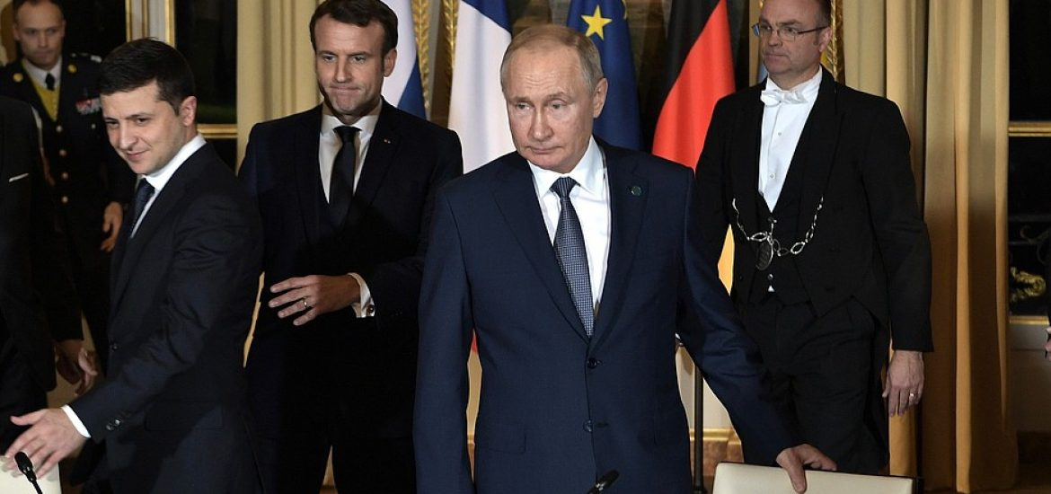 Putin, Zelensky Agree to Donbass Ceasefire, Prisoner Exchange in Paris 'Normandy Format' Summit with Merkel, Macron